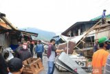 Padang Panjang bongkar kios pedagang di jalan lingkar Pasar Pusat