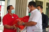 Kementerian Sosial bagikan 8.000 paket sembako untuk warga Semarang