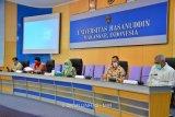 Hasil pemeriksaan tes usap Rektor Unhas Makassar negatif
