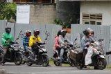 Warga Bandarlampung masih tetap gunakan masker scuba meski tak direkomendasikan