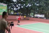 Gubernur Ikuti Final Turnamen Tenis Lapangan Danrem Cup I