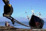 Jasa Perbaikan Kapal Nelayan di Takalar