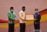 Padang beri penghargaan pada 64 lembaga yang bantu penanganan COVID-19