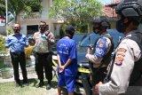 Polisi menangkap pelaku penipuan bermodus sewa mobil untuk kampanye