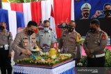 Jasa Raharja NTB memberikan bantuan pendidikan untuk anak polisi