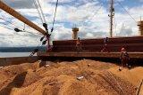 Karantina Pertanian Manado sertifikasi 6.300 ton bungkil kelapa diekspor ke India