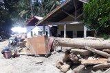Sekdes sebut banjir bandang Desa Rogo  tidak terkait penebangan liar