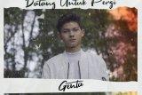 Penyanyi pendatang baru Genta rilis lagu debut