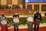 Gubernur Sulbar raih penghargaan dari BKKBN