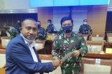 Legislator minta Panglima TNI bentuk tim investigasi tewasnya Pdt Zanambani