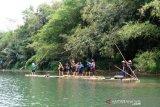 Wisata Rakit Bambu Sungai