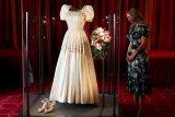 Gaun pengantin Putri Beatrice dari Inggris dipamerkan ke publik