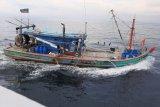 Petugas KKP tangkap kapal ikan berbendera Malaysia di Selat Malaka