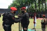 Danjen Kopassus Brigjen TNI Mohammad Hasan terima brevet antiteror