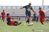 Persita Tangerang belum pikirkan lepas atau pertahankan pemain pada Desember