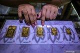 Harga emas Antam naik Rp3.000 menjadi Rp1.007.000/gram
