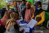 Penyaluran bantuan sosial beras di Kelurahan Balaroa