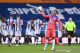 Frank Lampard tak mau salahkan Thiago Silva atas blunder kontra West Brom