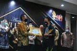 Puncak HPN, 11 tokoh dianugerahi PWI Jateng Award 2020
