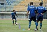 Persib Bandung tak wajibkan pemain ikuti program latihan mandiri jika jenuh