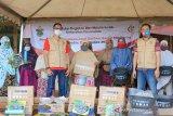 Unhas salurkan bantuan perabot RT untuk korban banjir di Masamba