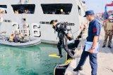 KRI Sultan Hasanuddin 366 berlatih penyelaman bersama Coast Guard Turki
