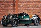 Deretan mobil bersejarah dari Morris Garage