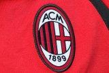Seorang staf kepelatihan AC Milan positif COVID-19
