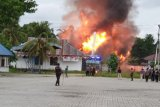 Massa bakar Kantor Bupati Keerom