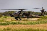 Helikopter AH-64E Apache