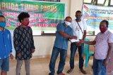 YGTI kota Sorong bantu modal kelompok usaha asli Papua