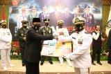 Pemprov Kepri bagikan 164 ribu masker   saat HUT ke-75 TNI