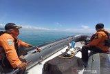 Tim SAR mencari seorang pemanah ikan terseret arus di perairan Malangke