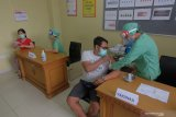 Pemerintah berencana melakukan vaksinasi COVID-19 pada 160 juta penduduk