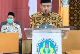 Rektor UNP beri sambutan pada kegiatan FGD penguatan LPTK