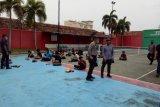 Belasan pelajar diamankan Polresta Bandarlampung saat demonstrasi UU Cipta Kerja