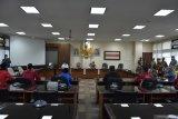 DPRD Sumbar surati presiden agar keluarkan Perpu UU Omnibus Law