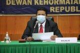 Sekertaris Bawaslu Tana Toraja disidang DKPP
