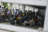 Polda Metro Jaya sebut 18 pos polisi dirusak dan dibakar perusuh