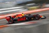 Mercedes tak pasok power unit untuk Red Bull