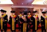 Universitas Terbuka wisuda 19 pekerja migran Indonesia di Korea Selatan