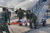 Anggota TGPF Intan Jaya yang tertembak dievakuasi dari Sugapa ke jakarta
