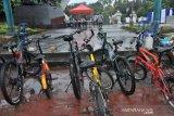 Rest area bagi pesepeda akhir pekan di Palembang