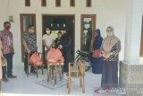 Dinsos Solok manfaatkan E-Warong salurkan bantuan sosial pangan