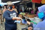 Pemkab Bantul meluncurkan gerakan memakai masker di Pasar Pundong