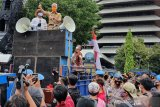 Gubernur Ganjar temui unjuk rasa penolak UU Cipta Kerja