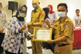 Balai Penyuluh KB Kecamatan Pringsewu dan Ambarawa raih penghargaan terbaik tingkat Kabupaten Pringsewu
