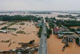 22 tentara hilang akibat tanah longsor menimpa barak militer Vietnam