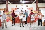 KPU Barsel serahkan APK kepada tim peserta Pilgub Kalteng