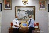 Pemkot Solok terima piagam opini Wajar Tanpa Pengecualian tahun anggaran 2019